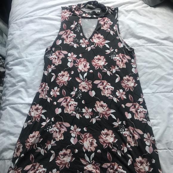Aeropostale Dresses & Skirts - Aeropostale Floral Dress